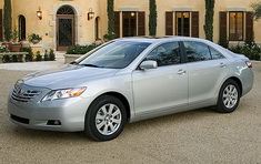 /data/articles/56/2008.toyota.camry.small.jpg